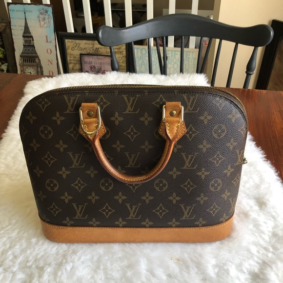 Louis Vuitton Handbags - Alma PM Mono